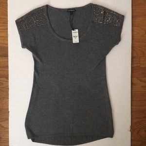 ✨NWT Express grey short sleeve top w silver studs